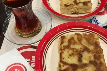 Simit Sarayi - picture of su borek and Turkish tea